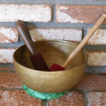 BLISSFUL 9.5 TIBETAN BUDDHA DESIGN SINGING BOWL w Two Special Playing Mallet 3